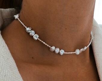 Karen - pearl necklace