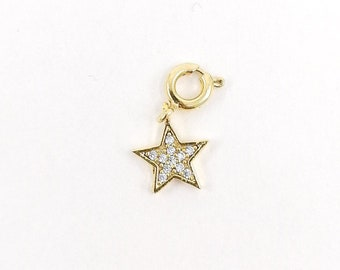 Pave star charm - gold