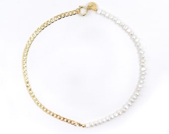 Jackie - half pearl curb chain necklace