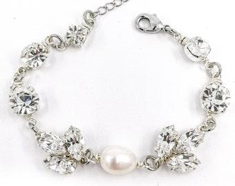 Vivienne - pearl crystal bracelet