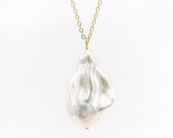 Large pearl necklace - 18k gold filled