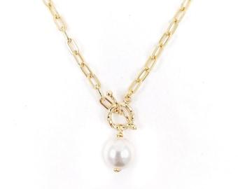 Florence - Swarovski pearl toggle necklace
