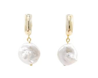 Dangle keshi pearl earrings