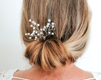 Luna - pearl hair pin