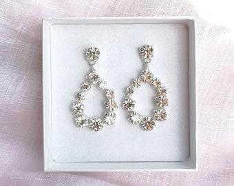 Sofia - teardrop earrings
