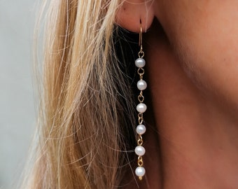 Nica - long pearl earrings