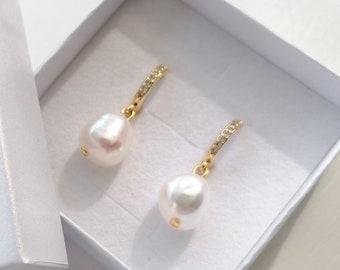 Venice - freshwater pearl drop earrings