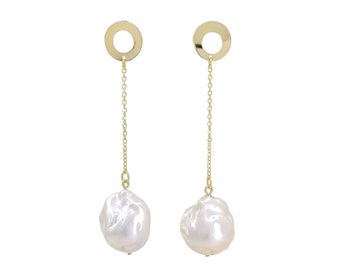 Madam B - baroque pearl earrings