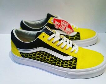 548628157fd571 UK7 EU41 US8 Honeycomb Custom Hand-Painted Yellow and Black Bee Vans