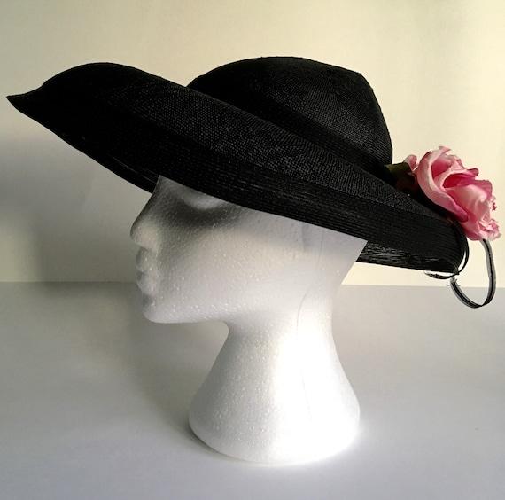 Elegant Vintage Lilly Daché Brimmed Straw Hat