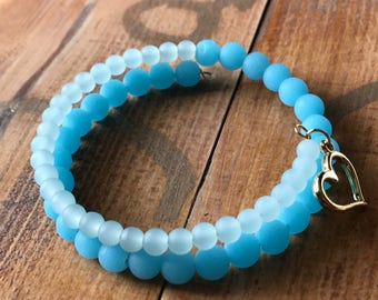 Ombre sea glass memory wire bracelet with gold heart charm