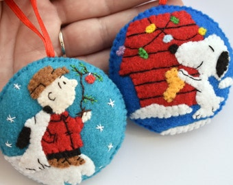 felt set of 2 snoopy charlie brown charlie brown tree felt christmas ornaments christmas tree ornaments christmas decoration - Embroidered Christmas Ornaments
