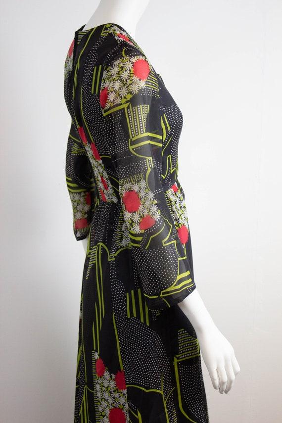 Vintage 70s Floral Maxi Dress / Size 12 / EU 40 /… - image 3