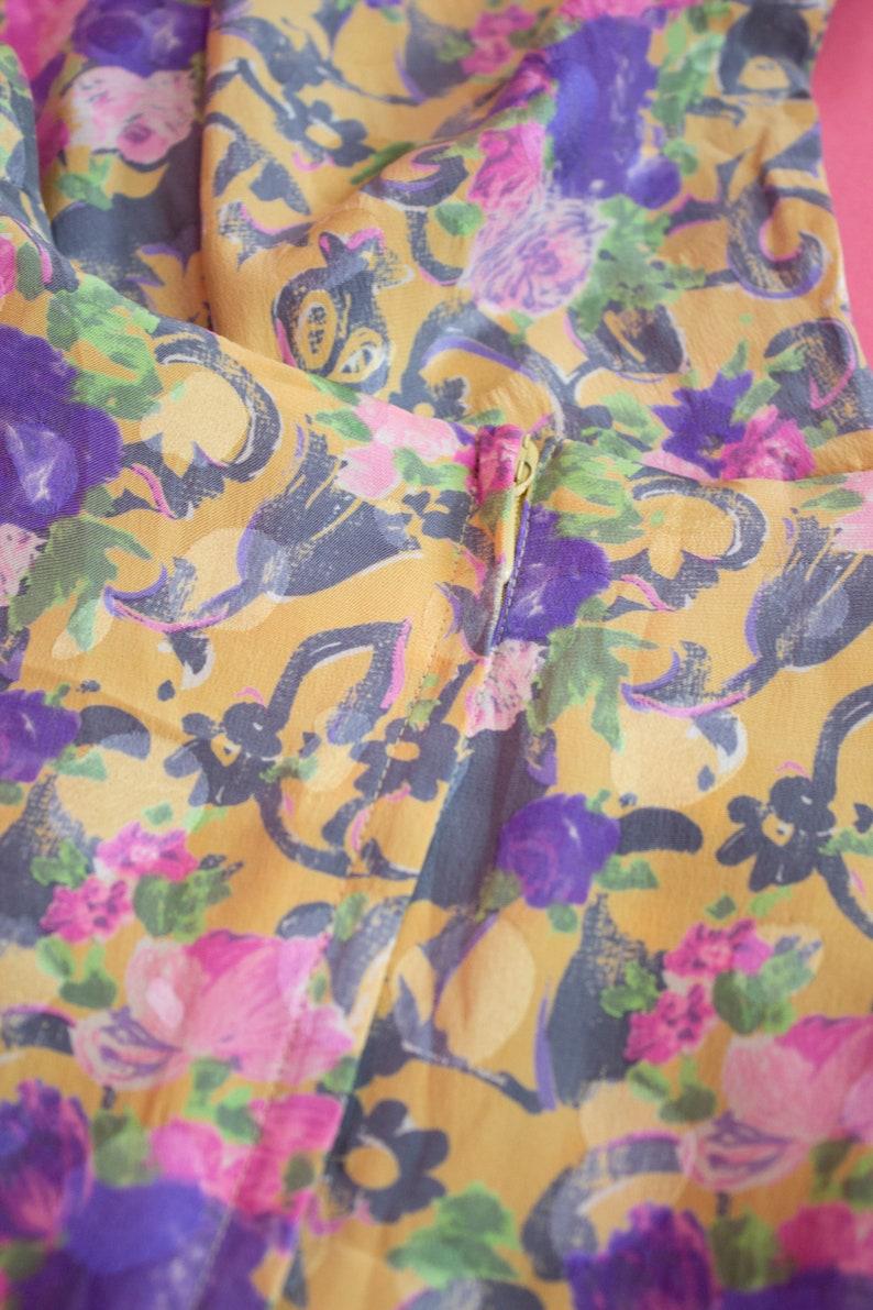 Vintage Renate Harvan Top  Silk Floral Print Top  Short Sleeves  Fitted  80s  1980s  Size 12  EU 40  Medium