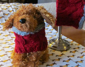 """13""""  Knit Dog Scarf  withCables and Contrasting Trim"""