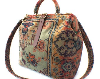 Designed /& Hand Made in England The Imperial Carpet Travel Bag Overnight Bag Free Shipping