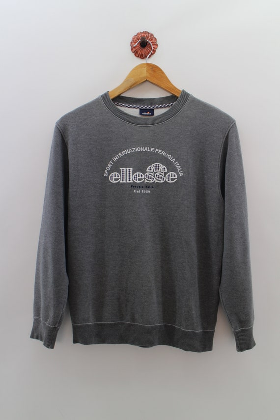 ellesse sweater grey heather black womens outfit