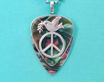 "Guitar Pick Necklace ""Woodstock"""