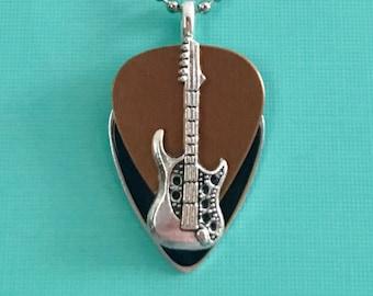 "Guitar Pick Necklace ""Crossroads"""