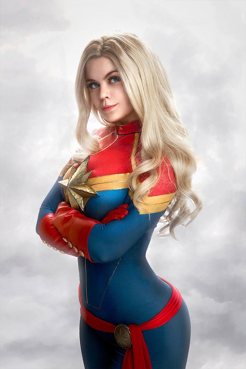 Captain Marvel full comics cosplay costume.