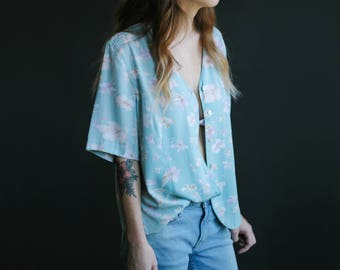 80's Baby Blue Floral Print Blouse | Button-Down Shirt | Short Sleeve Top | S-M-L