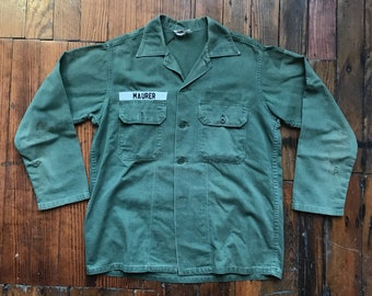 3bef096fdb9 Vietnam Era Medium OG-107 Cotton Utility Fatigue Shirt Jacket