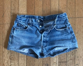 d08b3faaa78 1970 s Size 27 Button Fly Levi s 501 Shorts