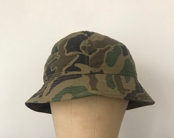 2a6ef26aa48 Vintage Medium Camo Bucket Hat