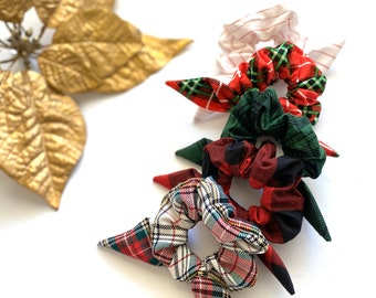 HOLIDAY MINI SCRUNCHIE TIES