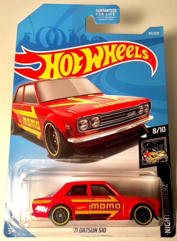2019 Hot Wheels RED /'71 Datsun Bluebird 510 moc 8//10 Nightburnerz MOMO 97//250