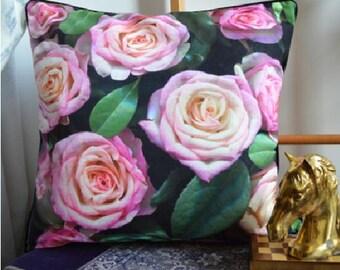 Flower pattern sofa pillow / deco