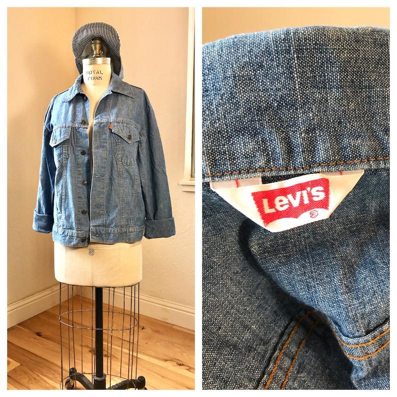 1970's RARE Levi's Light Weight Denim Shirt Jacket | Mid Light Wash | Orange Tab | Vintage Lev's Denim Jacket | Levi's Button Up | Men's MED