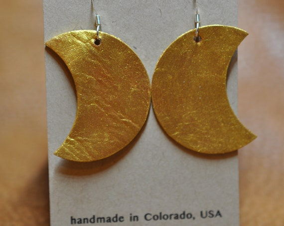 Painted Gold Full Crescent Moon