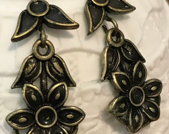 Bronze Flower Earrings - Vintage