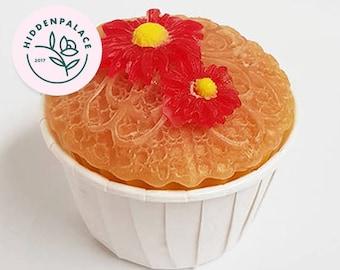 Daisy Cupcake   Soap