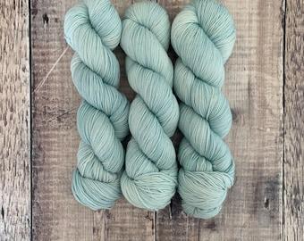 4 Ply/Sock/Fingering Weight Hand Dyed Yarn Super Wash Merino 100g Skein - Spray - for knitting, crochet, weaving, textile arts