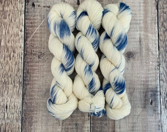 4 Ply/Sock Weight Hand Dyed Yarn Super Wash Merino 100g Skein-First Dip - Variegated Blue and White Yarn for knitting and crochet