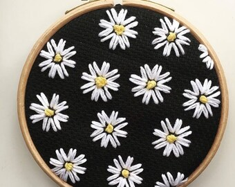 Floral embroidery hoop art, modern embroidered wall art, white and yellow flowers, 4 inch hoop