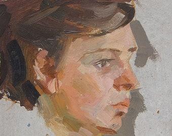 Original Oil painting Female portrait. Vintage Art by Ukrainian artist. Size 30.5 x 23 cm. (4820)