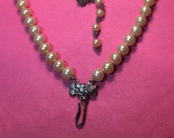 """Vintage Double Strand Faux Pearl Choker/Collar Necklace / 13""""/ Pearls are 5mm / Very Nice <>#BCEB-382"""