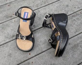 4f1c4231de4 Vintage 90's Black Platform Heels || VTG Y2K Platform Sandals, 6.5