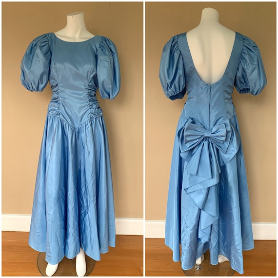 Vintage 1980's High Puff Sleeve Princess Dress ||
