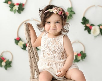 4ca0fc476808 R5-Cream 2-pc Sitter Outfit, Sitter Photo Props