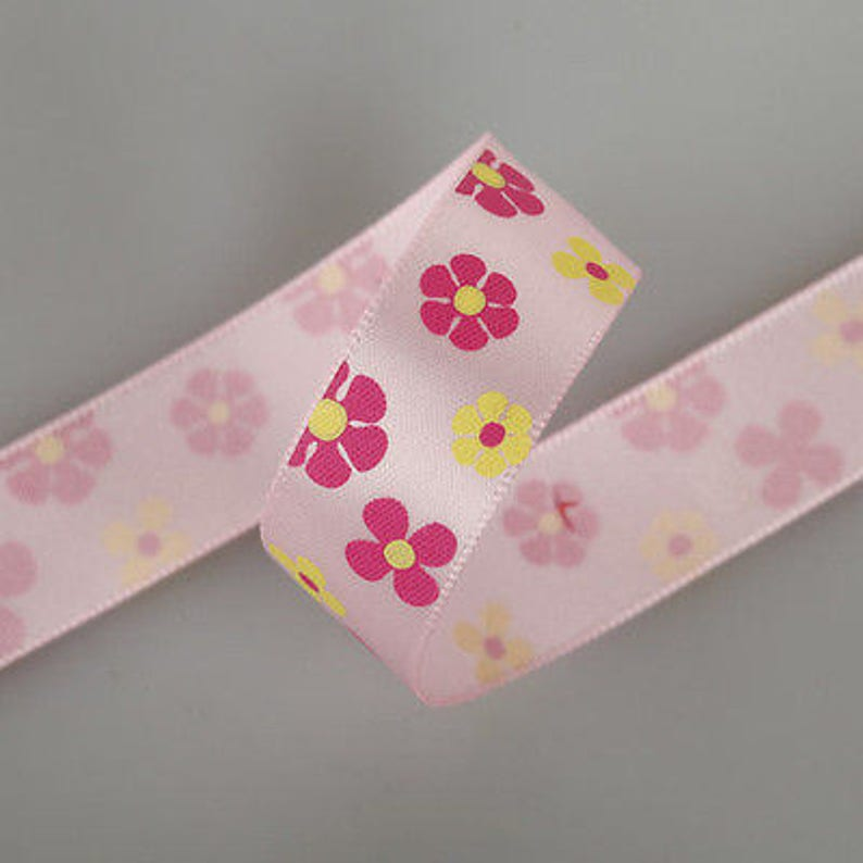 16mm Satin Floral Daisy Print Ribbon Funky Designs Neotrims Textiles Sewing and Crafts Cake Edging Trimming Quality Fabric /& Material