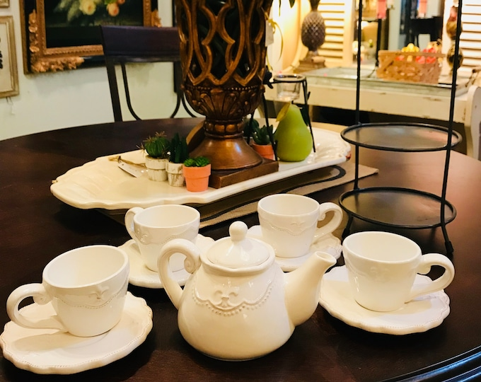 Countertop Tea Service For Four