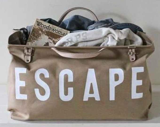 ESCAPE Canvas Utility Bag-Khaki