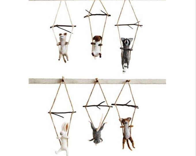 Wool Trapeze Animal Ornaments