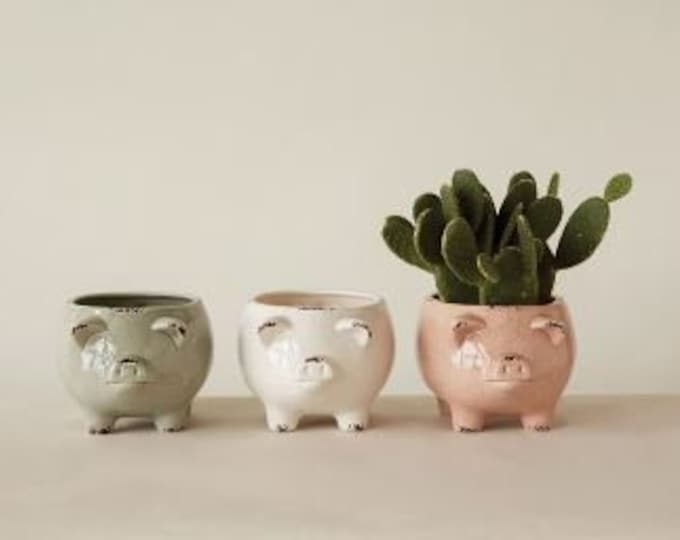 Distressed Pig Planter