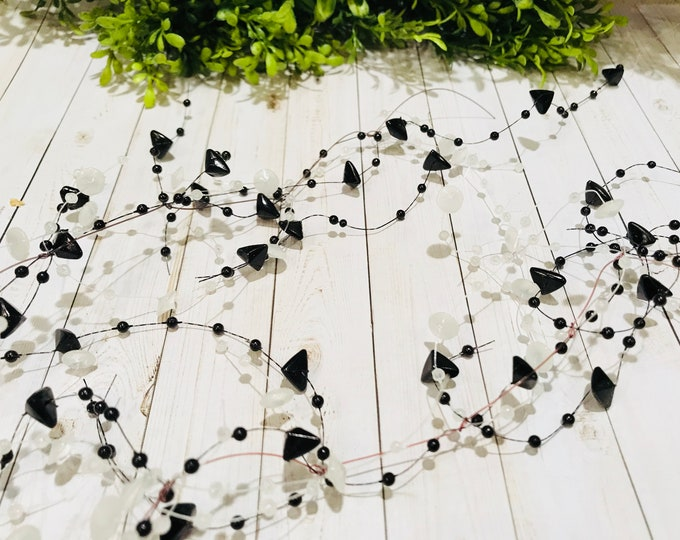 5' Bead Garland-Black & White
