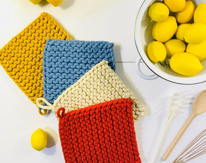 Square Crocheted Pot Holders